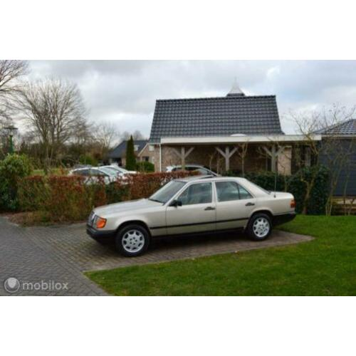 Leuke Mercedes 200-500 230 E bj 1986 Youngtimer!
